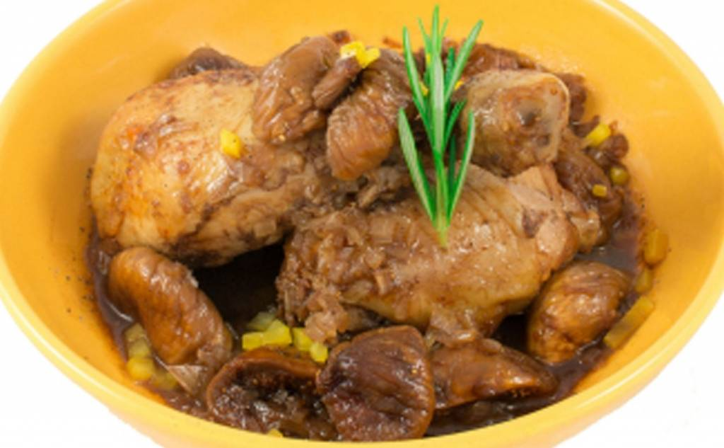 Κοτόπουλο με σύκα Καλαματιανά