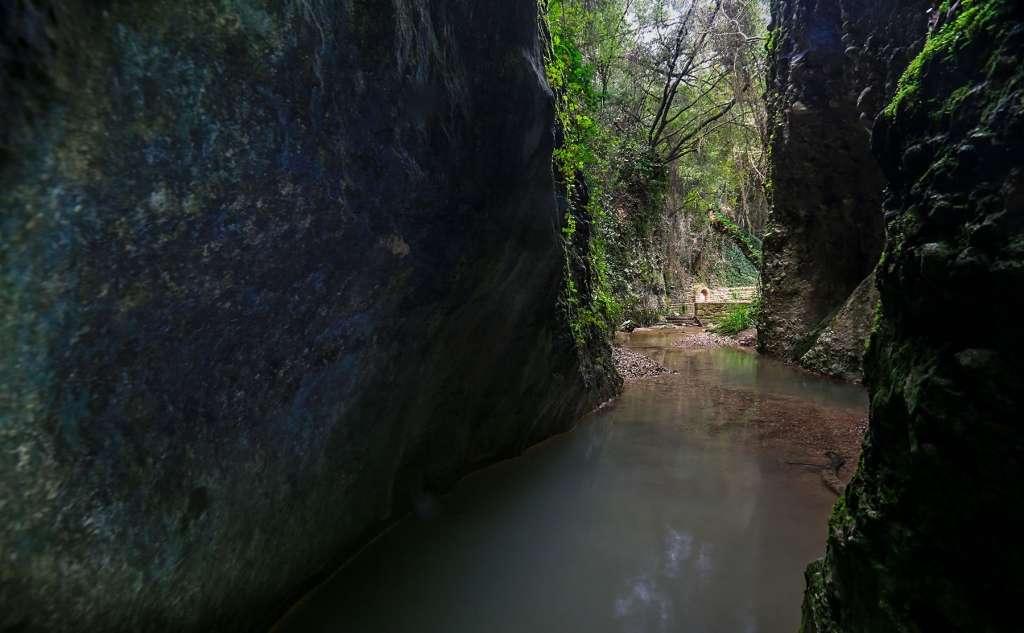 Φαράγγι Περιστεριάς (Νεραϊδόρεμα)