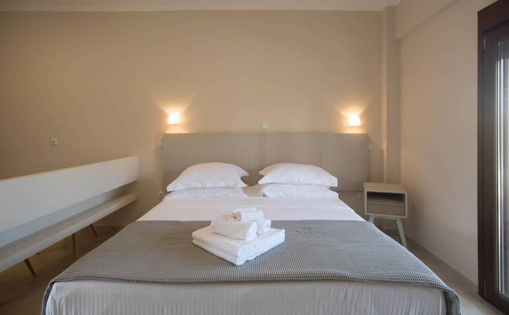 """Imathoessa"" Hotel"