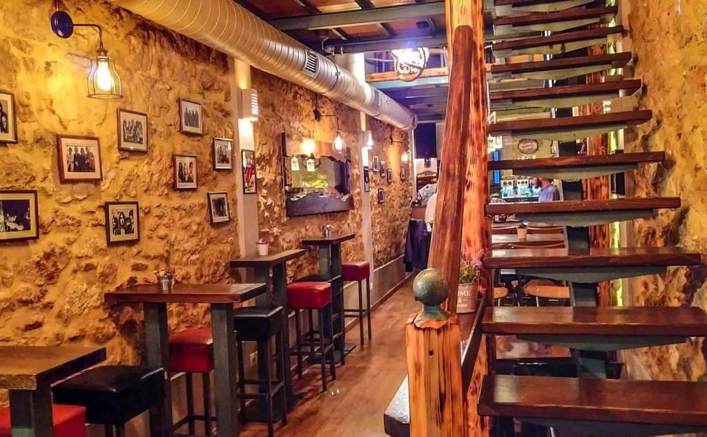 """""""Café-Bar"""