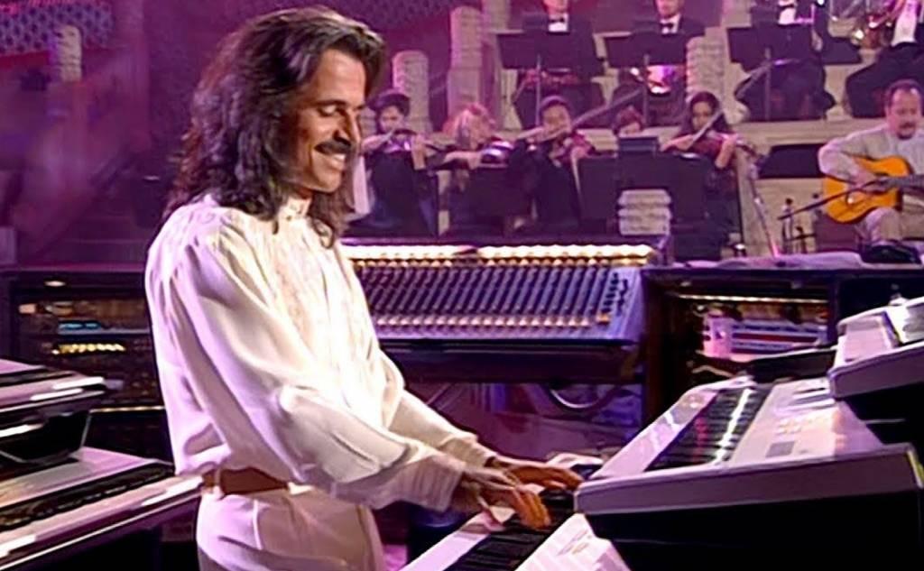 Yanni (Γιάννης Χρυσομάλλης), μουσικός