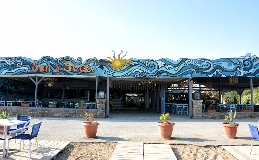 Sun & Sea - Restaurant / Beach Bar