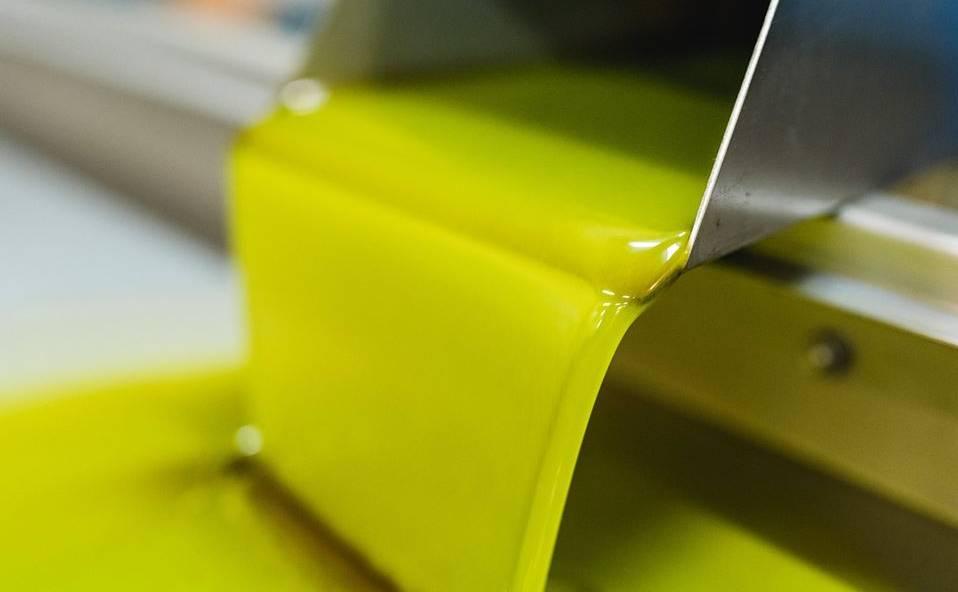 Olive Oil Karambotsos