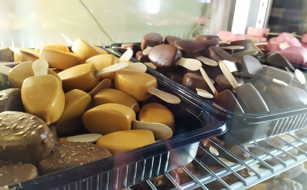 To Paradosiako (Mysirlis) - Bakery / Sweet Shop