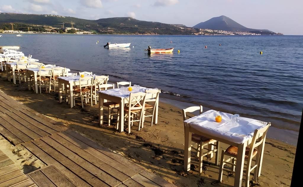 """Helonaki"" Restaurant / Fish Tavern"