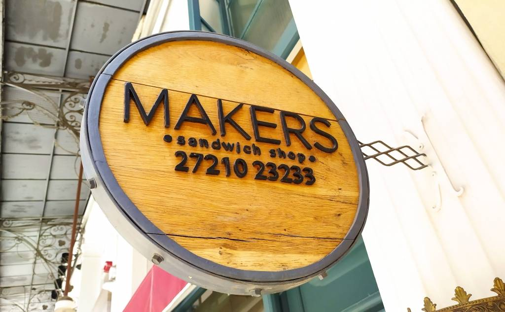 ΜAKER'S COFFEE SHOP & SANDWICHES