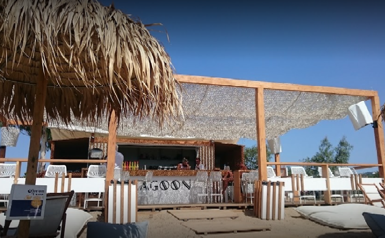 Lagoon beach bar