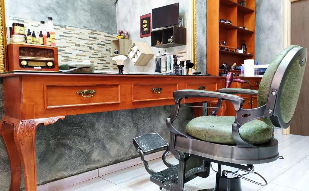 Georgopoulos Charilaos, Barber Shop