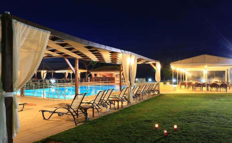 Mesogeios Hotel