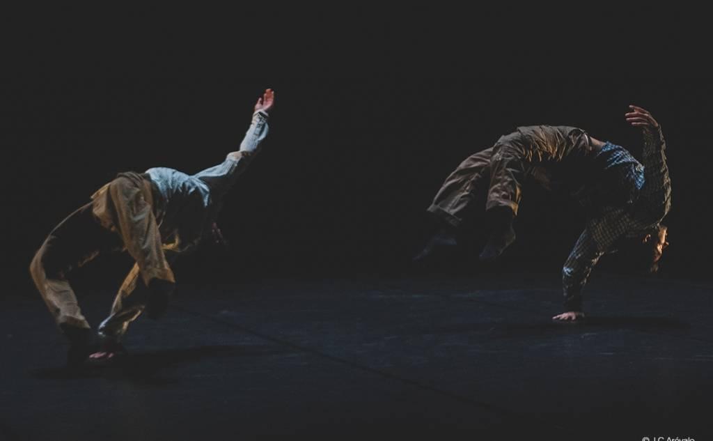 """Διεθνές Φεστιβάλ Χορού Καλαμάτας -AKIRA YOSHIDA & CHEY JURADO """"HITO"""""""