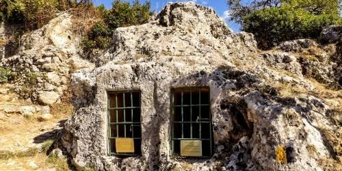 Οι τάφοι των Διόσκουρων